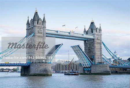 Tower Bridge opening and River Thames, London, England, United Kingdom, Europe Stock Photo - Rights-Managed, Image code: 841-05960709