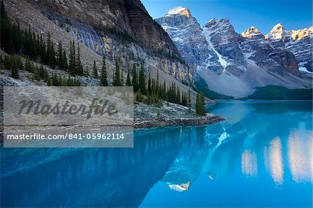 Spectacular blue waters at Moraine Lake, Banff National Park, UNESCO World Heritage Site, Alberta, Rocky Mountains, Canada, North America Stock Photo - Rights-Managed, Image code: 841-05962114