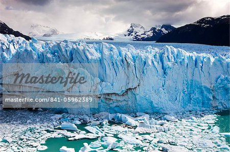 Spectacular Perito Moreno glacier, situated within Los Glaciares National Park, UNESCO World Heritage Site, Patagonia, Argentina, South America Stock Photo - Rights-Managed, Image code: 841-05962389