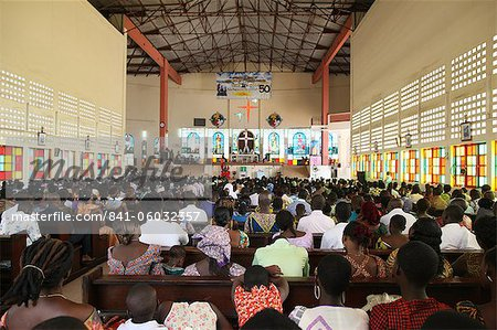 Catholic Mass in an African church, Lome, Togo, West Africa, Africa