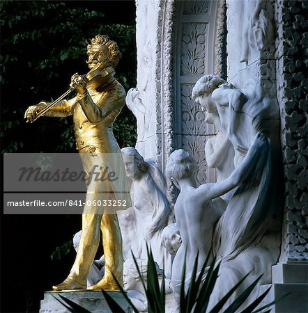 Statue of Johann Strauss, Stadtpark, Vienna, Austria, Europe Stock Photo - Rights-Managed, Image code: 841-06033252