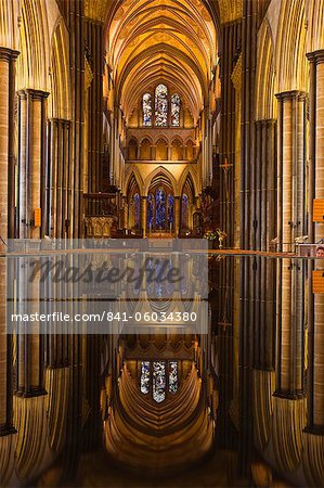 Looking across the font and down the nave of Salisbury Cathedral, Wiltshire, England, United Kingdom, Europe Stock Photo - Rights-Managed, Image code: 841-06034380