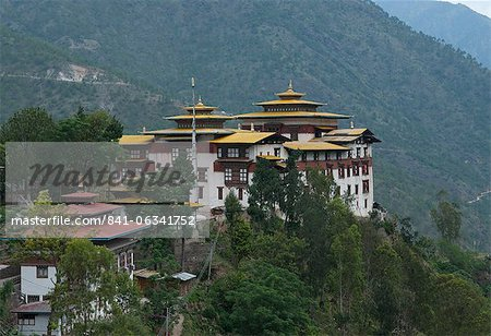 View of the Dzong in Trashigang with hills in the background, Eastern Bhutan, Bhutan, Asia Stock Photo - Rights-Managed, Image code: 841-06341752