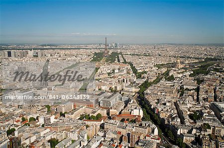 View of city with the Eiffel Tower in distance, from the Tour Montparnasse, Paris, France, Europe Stock Photo - Rights-Managed, Image code: 841-06343139