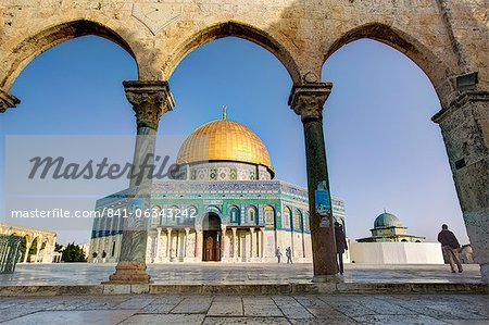 Dome of the Rock, Temple Mount, Old City, UNESCO World Heritage Site, Jerusalem, Israel, Middle East Stock Photo - Rights-Managed, Image code: 841-06343242