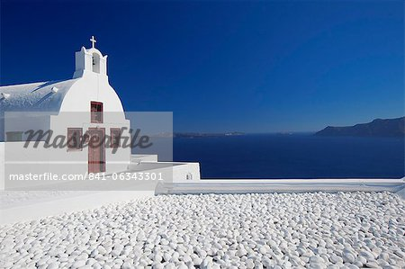 Church and white stones at Oia, Santorini, Cyclades, Greek Islands, Greece, Europe Stock Photo - Rights-Managed, Image code: 841-06343301