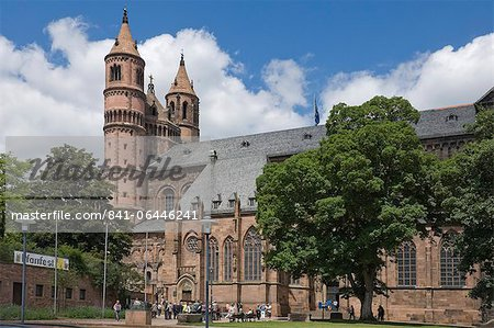 The New-Romanesque Cathedral of St. Peter, Worms, Rhineland Palatinate, Germany, Europe Stock Photo - Rights-Managed, Image code: 841-06446241
