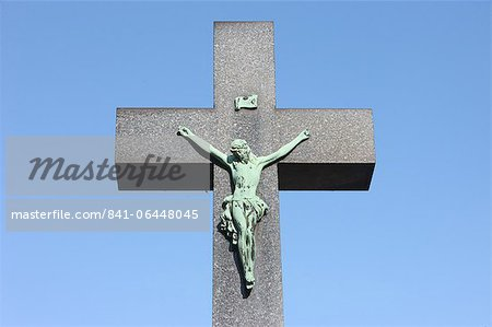 Crucifix, Vysehrad Cemetery, Prague, Czech Republic, Europe Stock Photo - Rights-Managed, Image code: 841-06448045