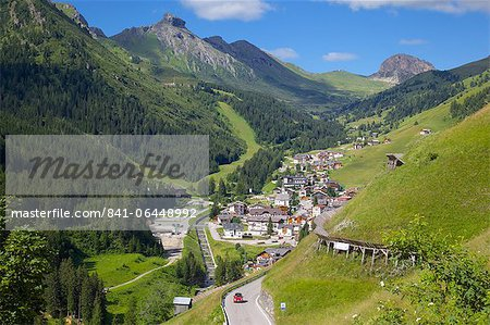 View over town, Arabba, Belluno Province, Trento, Dolomites, Italy, Europe Stock Photo - Rights-Managed, Image code: 841-06448992