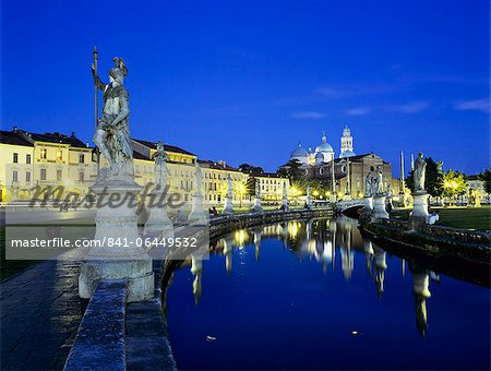 Prato della Valle and Santa Giustina at night, Padua, Veneto, Italy, Europe Stock Photo - Rights-Managed, Image code: 841-06449532