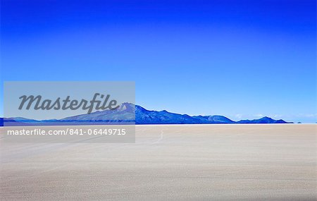 Salar de Uyuni salt flats and the Andes mountains in the distance, Bolivia, South America Stock Photo - Rights-Managed, Image code: 841-06449715