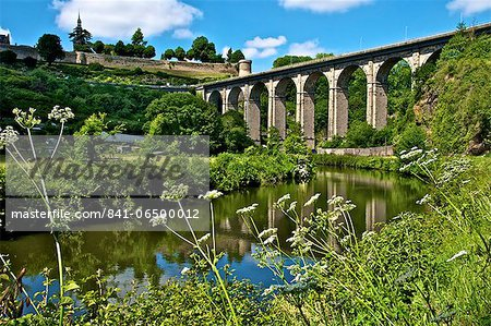 River Rance banks, with viaduct and Castle walls, Dinan, Brittany, France, Europe Stock Photo - Rights-Managed, Image code: 841-06500012