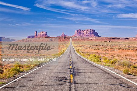 Empty Road, Highway 163, Monument Valley, Utah, United States of America, North America Stock Photo - Rights-Managed, Image code: 841-06500093