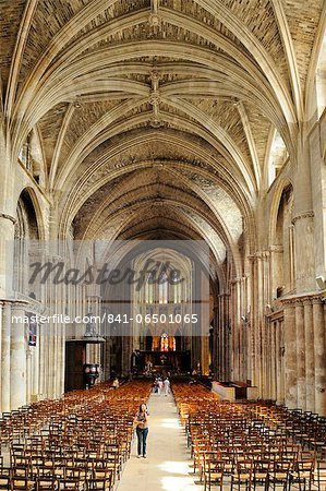 Interior of Cathedrale Saint Andre (St. Andrews Cathedral), Bordeaux, UNESCO World Heritage Site, Gironde, Aquitaine, France, Europe Stock Photo - Rights-Managed, Image code: 841-06501065
