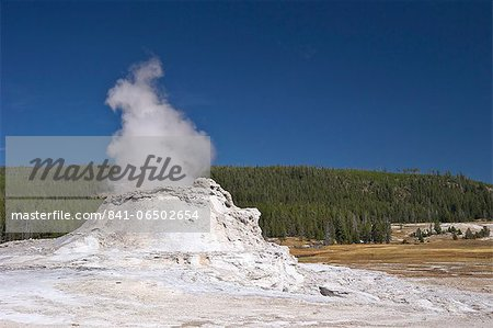 Castle Geyser, Upper Geyser Basin, Yellowstone National Park, UNESCO World Heritage Site, Wyoming, United States of America, North America Stock Photo - Rights-Managed, Image code: 841-06502654