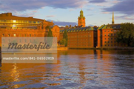 Helgeandsholmen at sunset, Gamla Stan, Stockholm, Sweden, Scandinavia, Europe Stock Photo - Rights-Managed, Image code: 841-06502819