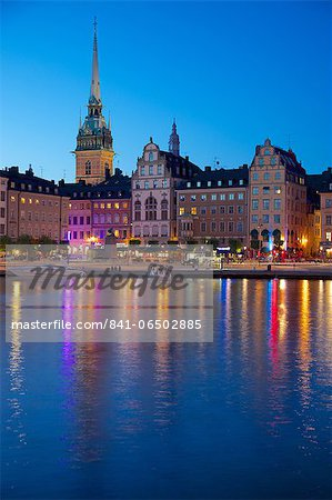 Gamla Stan and Riddarholmen with spire of Riddarholmskyrkan (Riddarholmen Church) at dusk, Stockholm, Sweden, Scandinavia, Europe Stock Photo - Rights-Managed, Image code: 841-06502885
