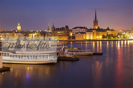 City skyline from City Hall at dusk, Kungsholmen, Stockholm, Sweden, Scandinavia, Europe Stock Photo - Rights-Managed, Image code: 841-06502897