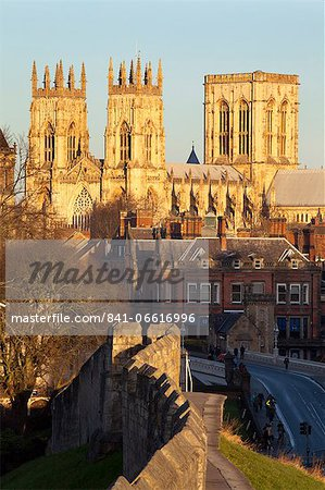 York Minster from the City Wall, York, Yorkshire, England, United Kingdom, Europe Stock Photo - Rights-Managed, Image code: 841-06616996