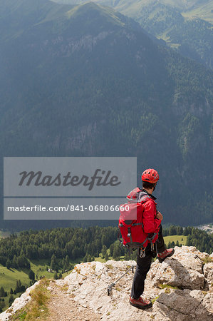 Climbers on the Sassolungo mountains in the Dolomites near Canazei, Italy, Europe Stock Photo - Rights-Managed, Image code: 841-06806660