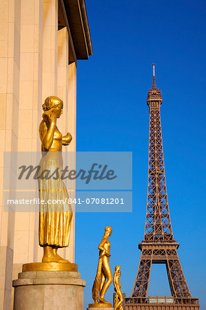 Palais de Chaillot and Eiffel Tower, Paris, France, Europe Stock Photo - Rights-Managed, Image code: 841-07081201