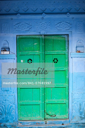 Green door and blue walls, Jodhpur, Rajasthan, India, Asia Stock Photo - Rights-Managed, Image code: 841-07081997