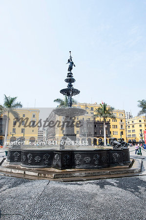 Municipal Palace of Lima and fountain, Plaza de Armas, Lima, Peru, South America Stock Photo - Rights-Managed, Image code: 841-07082832