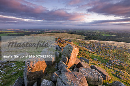 Early morning sunlight lights up the granite rocks of Belstone Tor, Dartmoor National Park, Devon, England, United Kingdom, Europe Stock Photo - Rights-Managed, Image code: 841-07082900