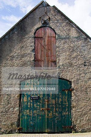 Garage in Stornoway, Outer Hebrides, United Kingdom Stock Photo - Rights-Managed, Image code: 841-07202040