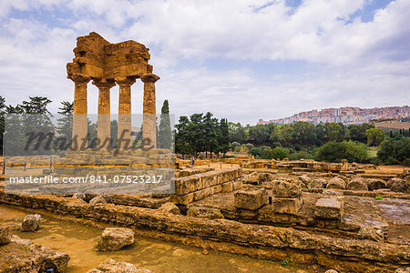 Temple of Castor and Pollux, Valley of the Temples (Valle dei Templi), Agrigento, UNESCO World Heritage Site, Sicily, Italy, Europe Stock Photo - Rights-Managed, Image code: 841-07523217