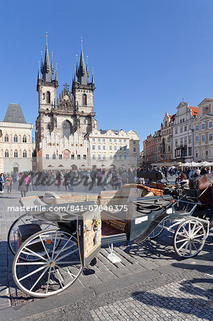 Horse carriage at the Old Town Square (Staromestske namesti) with Tyn Cathedral (Church of Our Lady Before Tyn), Prague, Bohemia, Czech Republic, Europe Stock Photo - Rights-Managed, Image code: 841-07540375