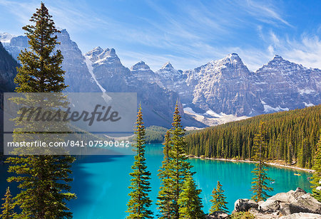 Moraine Lake in the Valley of the Ten Peaks, Banff National Park, UNESCO World Heritage Site, Alberta, Canadian Rockies, Canada, North America Stock Photo - Rights-Managed, Image code: 841-07590042