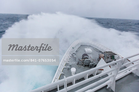 The Lindblad Expeditions ship National Geographic Explorer in heavy seas in the Drake Passage, Antarctica, Polar Regions Stock Photo - Rights-Managed, Image code: 841-07653054