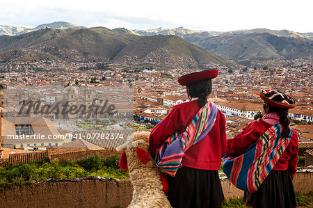 Elevated view over Cuzco and Plaza de Armas, Cuzco, UNESCO World Heritage Site, Peru, South America Stock Photo - Rights-Managed, Image code: 841-07782374