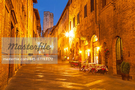 The historic centre of San Gimignano, UNESCO World Heritage Site, Tuscany, Italy, Europe Stock Photo - Rights-Managed, Image code: 841-07783172