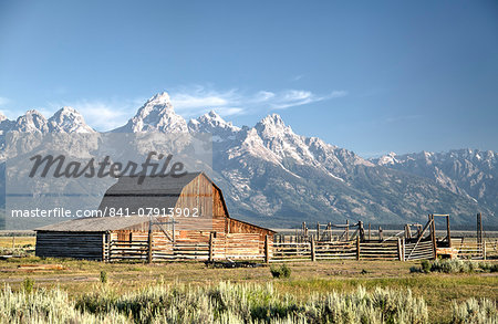 USA, Wyoming, Grand Teton National Park, Mormon Row, dates from 1890's, John Moulton Homestead, Barn Stock Photo - Rights-Managed, Image code: 841-07913902