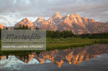Water reflections of the Teton Range, taken from the end of Schwabacker Road, Grand Teton National Park, Wyoming, United States of America, North America Stock Photo - Rights-Managed, Image code: 841-07913907