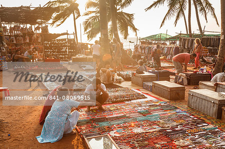 Tibetan selling their craft at the Wednesday Flea Market in Anjuna, Goa, India, Asia Stock Photo - Rights-Managed, Image code: 841-08059515