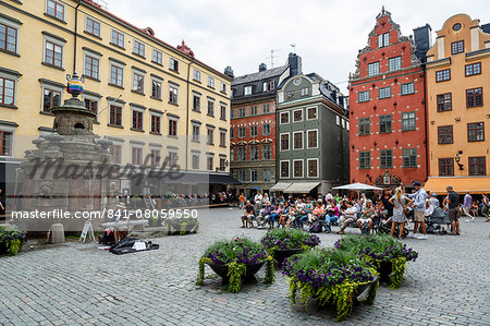 People sitting at Stortorget Square in Gamla Stan, Stockholm, Sweden, Scandinavia, Europe Stock Photo - Rights-Managed, Image code: 841-08059550
