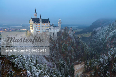 Neuschwanstein Castle in winter, Fussen, Bavaria, Germany, Europe Stock Photo - Rights-Managed, Image code: 841-08101695
