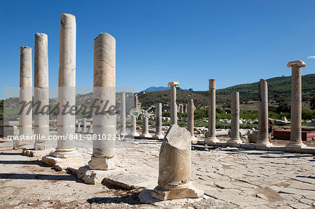 Ruined colonnaded Main Street, Patara, near Kalkan, Lycia, Antalya Province, Mediterranean Coast, Southwest Turkey, Anatolia, Turkey, Asia Minor, Eurasia Stock Photo - Rights-Managed, Image code: 841-08102217