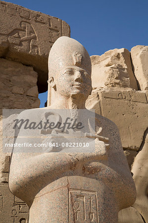 Statue of Pharaoh, Precinct of Amun-Re, Karnak Temple, Luxor, Thebes, UNESCO World Heritage Site, Egypt, North Africa, Africa Stock Photo - Rights-Managed, Image code: 841-08221010