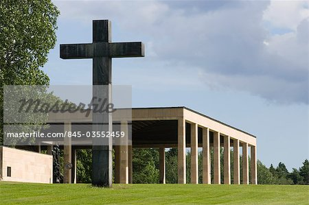 Chapel of the Holy Cross, The Woodland Crematorium, The Woodland Cemetery (Skogskyrkogarden), Stockholm.  Architects: Erik Gunnar Asplund Stock Photo - Rights-Managed, Image code: 845-03552459