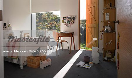 Pond and Park House, Dulwich, London. Modern child's bedroom with view of trees. Architects: Stephen Marshall Stock Photo - Rights-Managed, Image code: 845-03777379