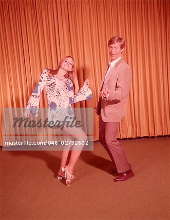 1960s TEEN COUPLE DANCING GIRL WEARING MINI DRESS