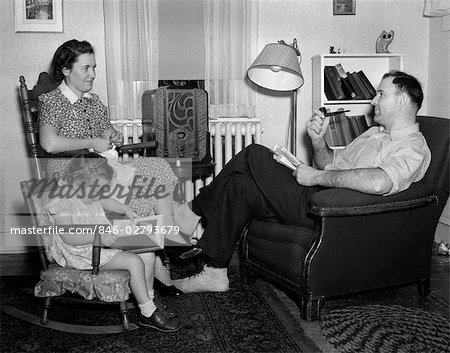 1930s-40s FAMILY RELAXING NEAR RADIO Stock Photo - Rights-Managed, Image code: 846-02793679