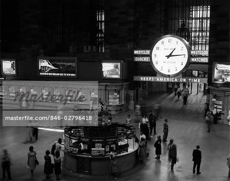 1959 1950s GRAND CENTRAL RAILROAD PASSENGER STATION MAIN HALL INFORMATION BOOTH AND TRAIN TICKET WINDOWS Stock Photo - Rights-Managed, Image code: 846-02796418