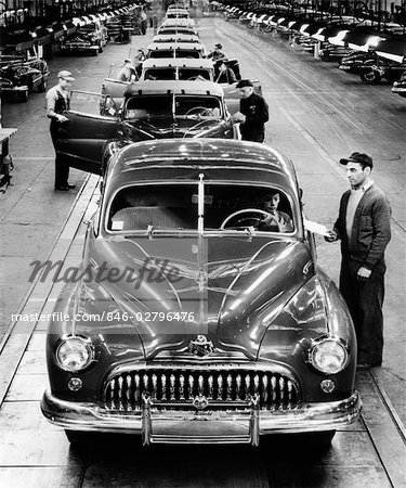 1950s BUICK AUTOMOBILE ASSEMBLY LINE DETROIT MICHIGAN HEAD-ON VIEW Stock Photo - Rights-Managed, Image code: 846-02796476