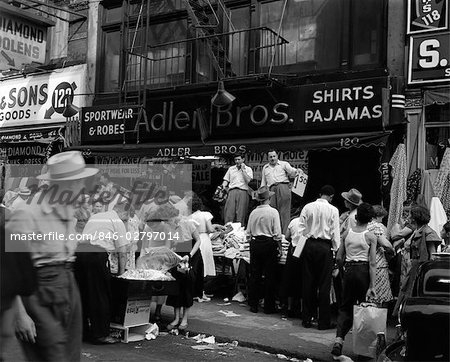 1950s SIDEWALK MERCHANTS ON NEW YORK'S LOWER EAST SIDE Stock Photo - Rights-Managed, Image code: 846-02797014