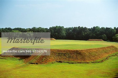 MOUNDVILLE ALABAMA MOUNDS MADE BY MISSISSIPPIAN INDIANS Stock Photo - Rights-Managed, Image code: 846-03163176